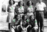 Equip femeni de basket de Malgrat de Mar. Nº 2 Sra. Dolors LLussà