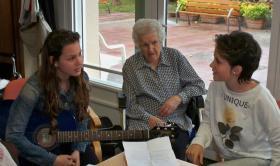 Actividades Intergeneracionales en la Residència Nazaret